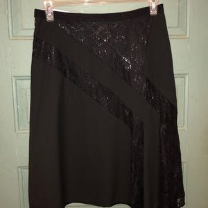 The Limited Skirt beautiful trimmed skirt size 8